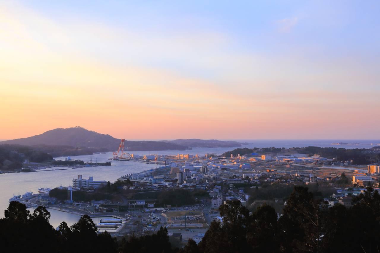 安波山の朝日